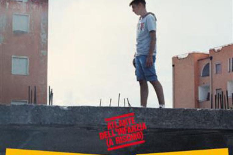 In Italia, un bambino su 20 non può permettersi le scarpe