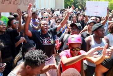 SudAfrica, studenti contro il