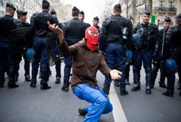 Francia, l'eccezione si fa Stato, contro i militanti di sinistra
