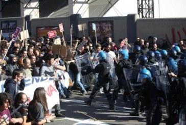 La marcetta su Bologna e le manganellate del blue bloc