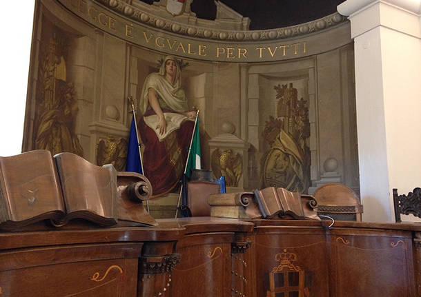 Via da Varese l'ex pm del caso Uva