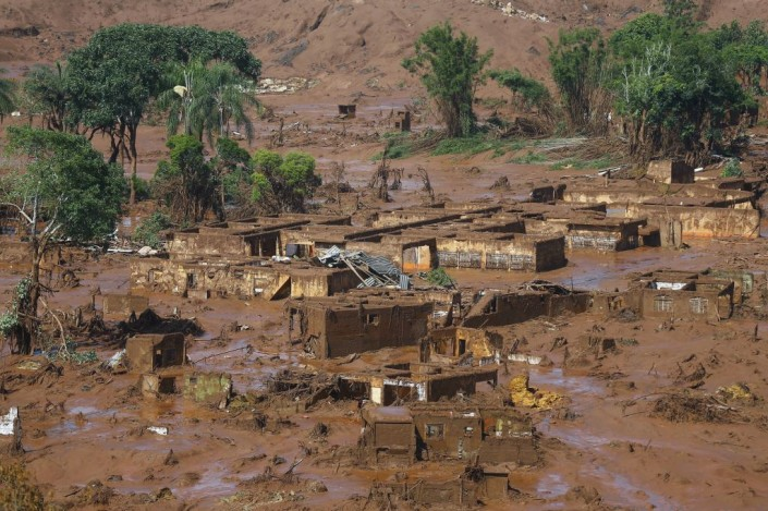villaggio distrutto