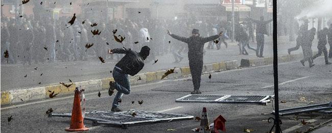 Kurdistan, la sporca guerra e bugiarda di Erdogan