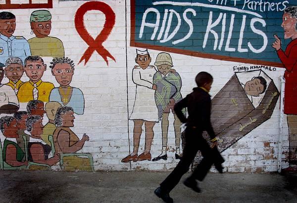 AIDS:DA PAZIENTE 'ZERO' A DONNA FRANCESE,32 ANNI DI RICERCA