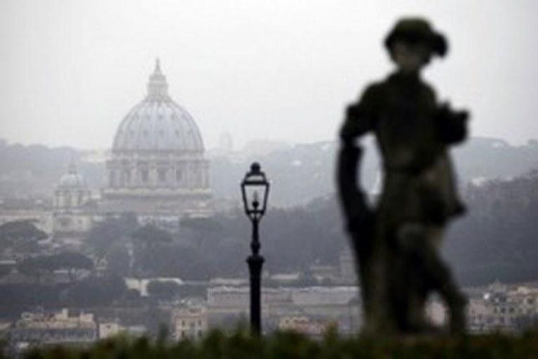 Non piove, governo ladro. Lo smog e Renzi uccidono