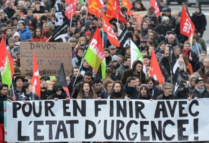 Francia, prove generali di stato autoritario