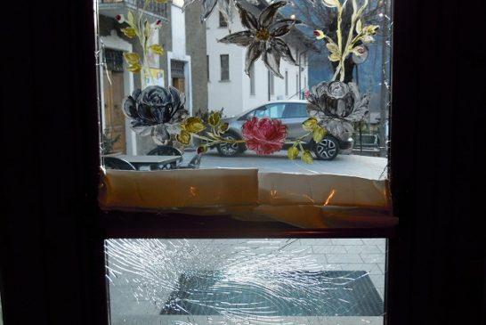 Effetti della bombacarta al Bar Forneria Ennio  Cantoni