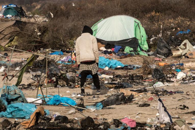 Primo marzo migrante e le violente cariche di Calais