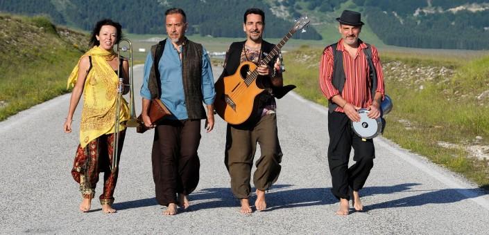 Nuove Tribù Zulu all'Auditorium di Roma per l'uscita dell'EP Namastè Om Shanti  mix di ritmo, groove e melodie tra Mediterraneo, Medio Oriente e India, con remix di NeroloZ