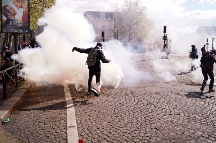Parigi, fotoracconto di una rivolta