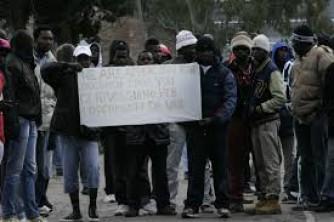 Rifugiati, oltre 10 mila nelle tante Idomeni d'Italia