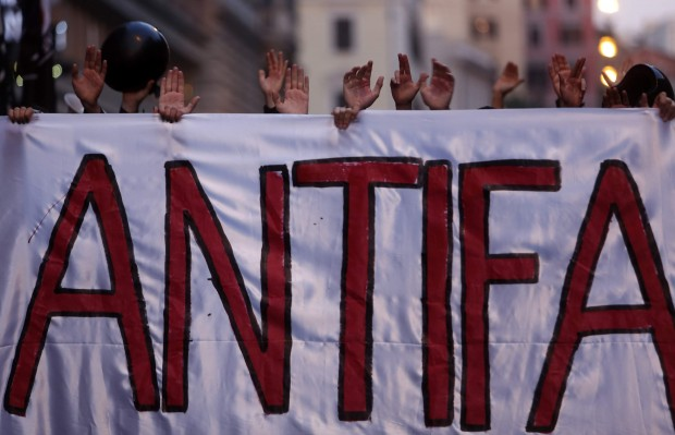 Roma antifascista, Casapound not welcome!
