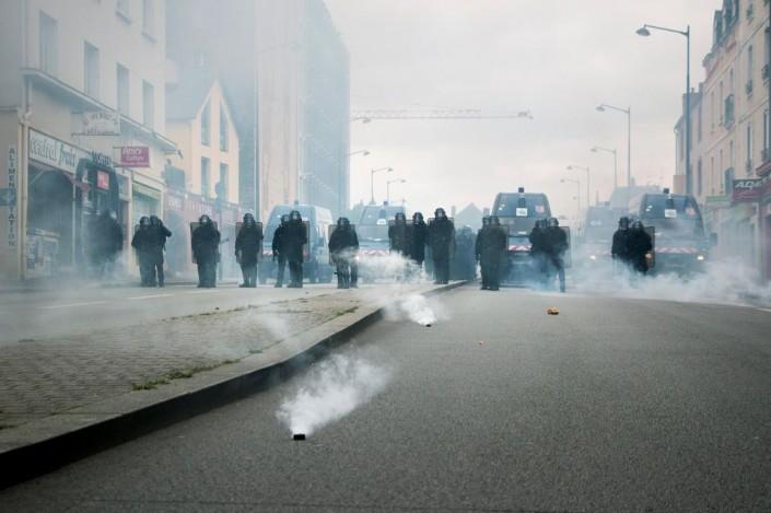 Parigi, il daspo di Hollande contro Nuit Debout
