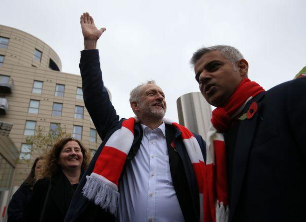 Sadiq Khan e Corbyn tra i tifosi dell'Arsenal