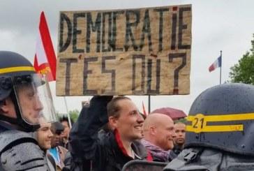 Sciopero generale! La Francia si ribella al Jobs Act di Hollande