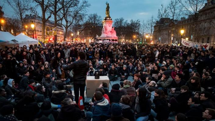 #Global debout e #firmaday, un abbraccio di lotta con la Francia
