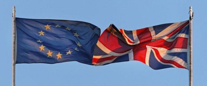 Europa contro Unione Europea, chi scegliamo di salvare?