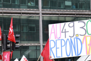 Francia, Valls scavalca il parlamento e impone la loi travail