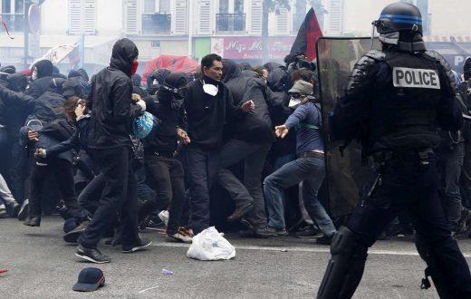Parigi-scontri-520x330