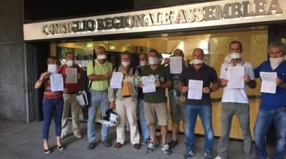 ericsson-protesta-consiglio-regionale-352043.660x368