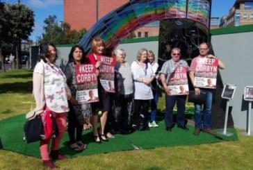 La lunga marcia di Corbyn verso le primarie