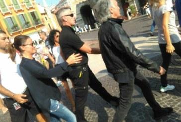 Verona, anche i Pooh contestano le Sentinelle in piedi