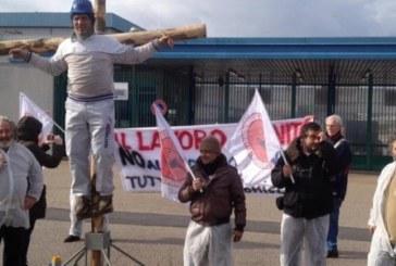 Pomigliano: la Fiat uccide, digli di smettere
