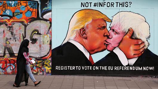 Brexit, il voto dei popoli vale solo se obbedisce a chi comanda