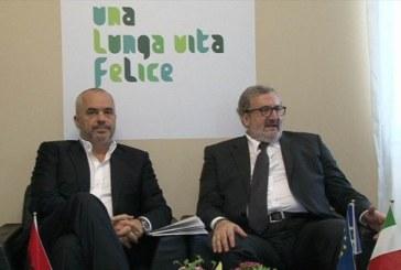 Acqua Puglia, Emiliano a Popoff: «Nessuna multi-utility». Sarà vero?