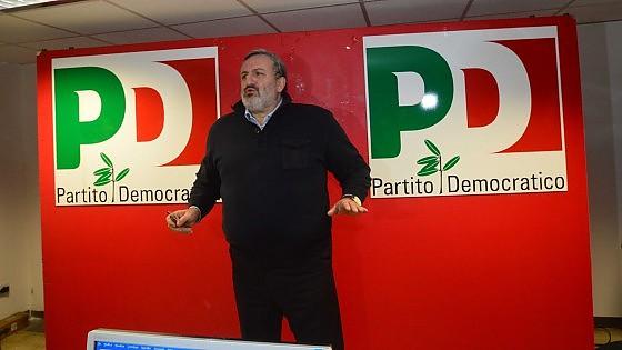 L'acqua della Puglia rende schizofrenico Emiliano
