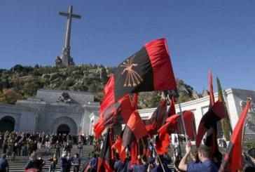 La sinistra di Spagna: demolire il mausoleo di Franco