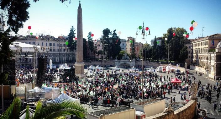 la piazza mezza vuota del Renzi day del 29 ottobre