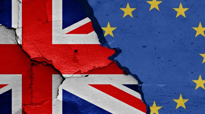 Londra, il terzo scenario: Brexit forse