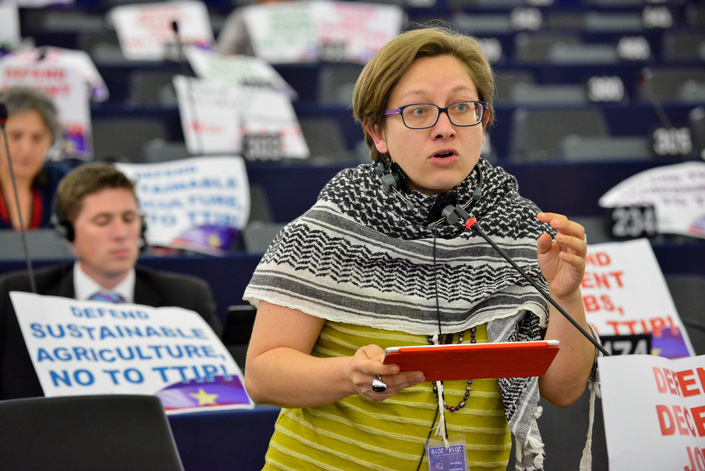 """Eleonora FORENZA, Action : """"Defend teh environment, NO TO TTIP!"""", """"Trade talks: Transparency now"""", Defend decent jobs, NO TO TTIP!"""", """"Defend social rights, NO TO TTIP!"""", defend data protection, NO TO TTIP!"""""""
