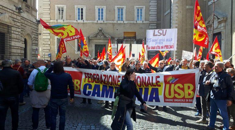 Vuoi manifestare? Ti blocco al casello di Roma