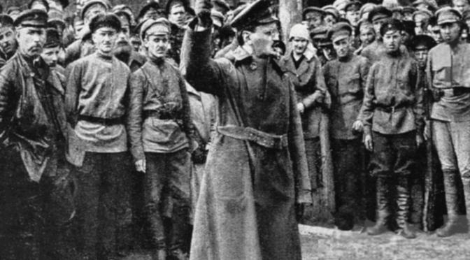 1917, Il ritorno di Trotsky