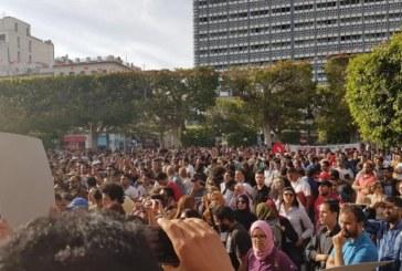 La Tunisia brucia ancora