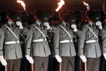 Germania, caccia al nazista. Caserma per caserma