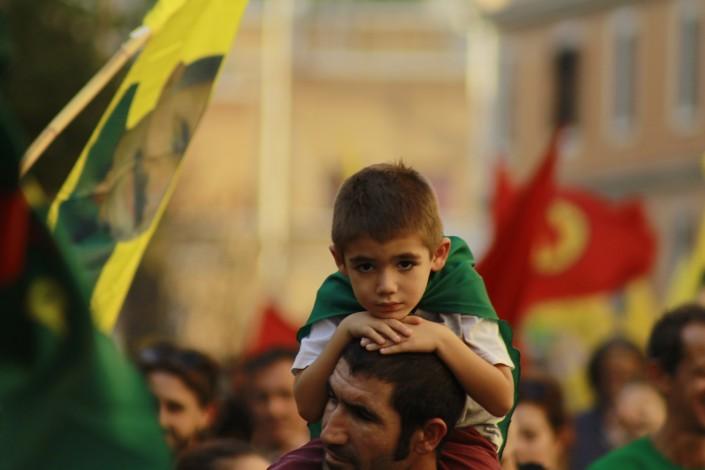 Medicine per il Rojava, piazze per il Kurdistan
