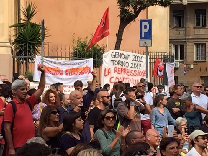 Genova 2001, una storia che non dovrebbe scrivere il capo della polizia