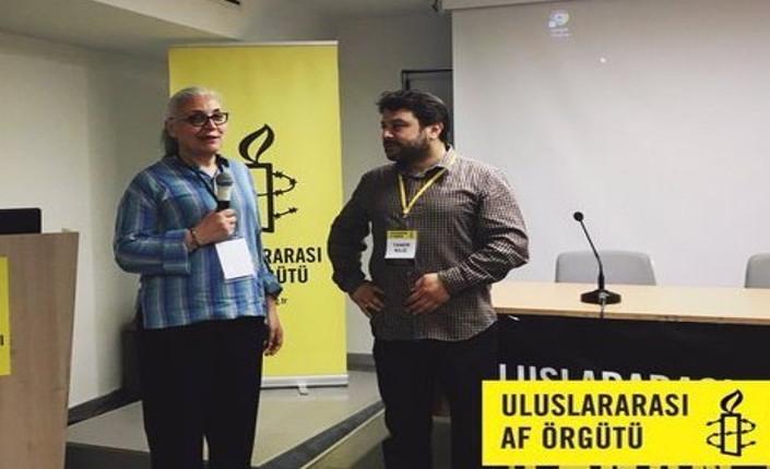 Idil Eser e Taner Kilic, rispettivamente direttrice e presidente di Amnesty International Turchia, entrambi in carcere