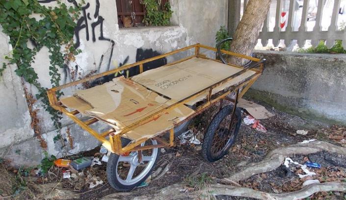 Destra contro migranti, Pd contro mendicanti. Accade in Abruzzo
