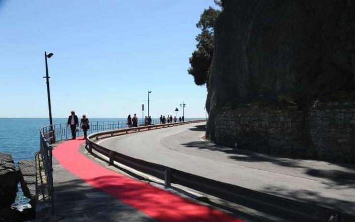 red-carpet