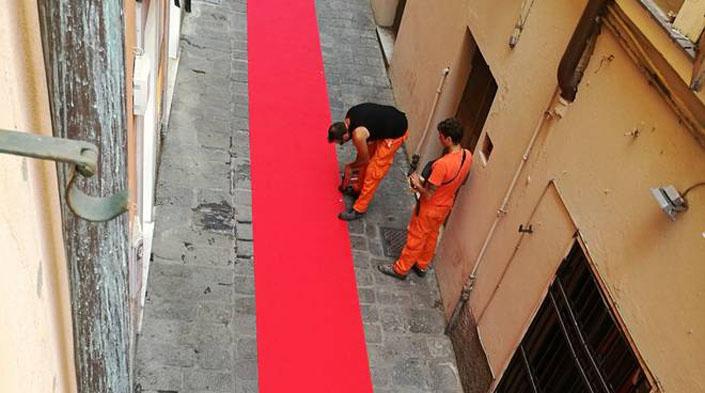 Genova, la destra marcia sul red carpet