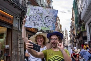 Catalogna e Paesi Baschi, cresce il movimento antituristico