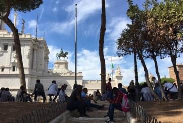 Roma, nessuna risposta ai rifugiati eritrei cacciati anche da Piazza Venezia