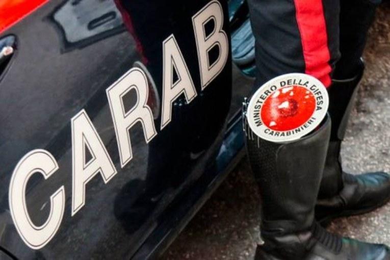 Violenza sessuale su una bimba, arrestato carabiniere