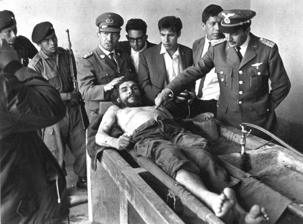 che-guevaras-corpse-19672-e1507676427710
