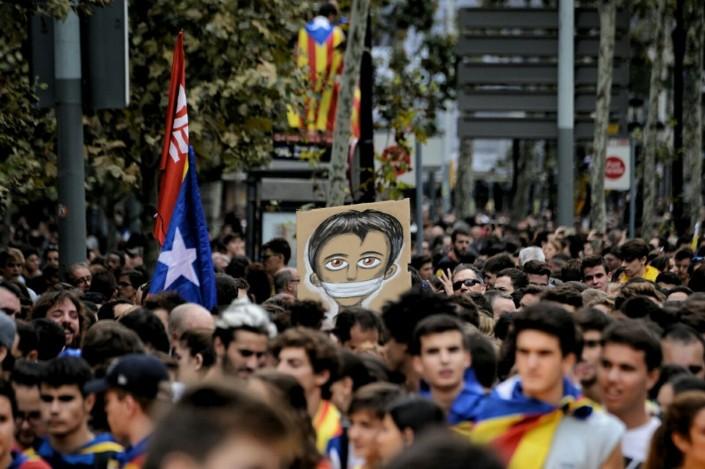 Tutta la Catalogna in sciopero contro Rajoy, l'Erdogan di Madrid