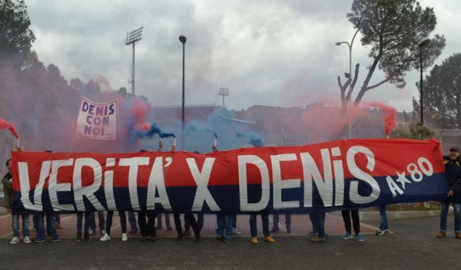 verita-per-denis-bergamini-i-tifosi-del-cosenza-protestano-maxw-654